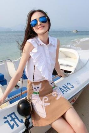 Summer small fresh cloth embroidered sleeveless high pockets hip skirt two-piece dress solid color shirt Skirt Length