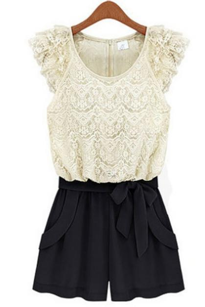 Romantic Lace Pattern Petal Sleeve Color Block Rompers White&Black