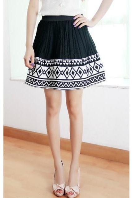 Spring Skirt Pleated Skirt Black White Diamond Geometric Skirts DL
